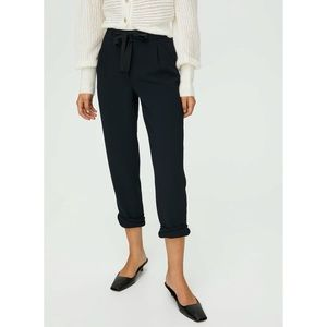 Aritzia Wilfred Allant Pant Cropped Tie Waist Pant Black